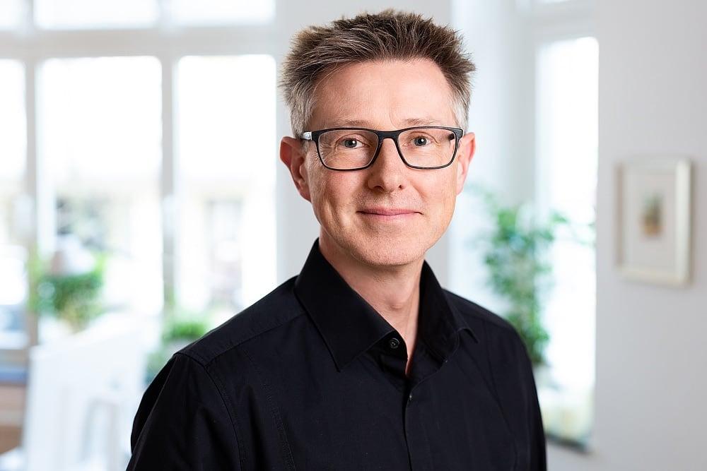 Bernd Thorwesten, Künstler, Publizist, Portraitfoto